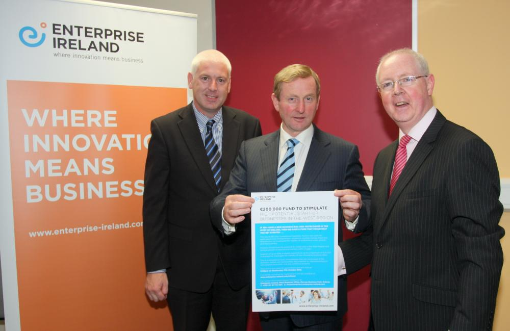 Pictured at the launch of CompetitivJoe Kelly, Manager of CAIRN International Trade Centre, Kiltimagh, Co Mayo An Taoiseach, Enda Kenny, and Barry Egan, Director West Region Enterprise Ireland.